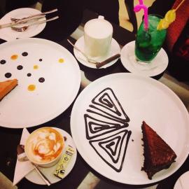 کافه هـ cafe he 7