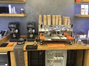 21 coffee bar 15