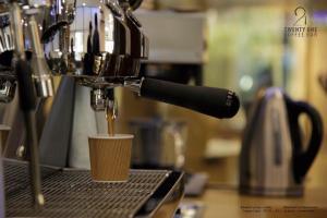 21 coffee bar 19