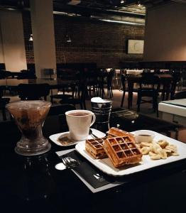 v cafe cafeyab 28