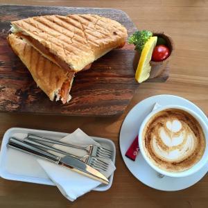 barn cafe cafeyab 10