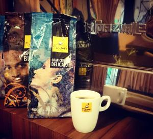 hoom cafe cafeyab 11