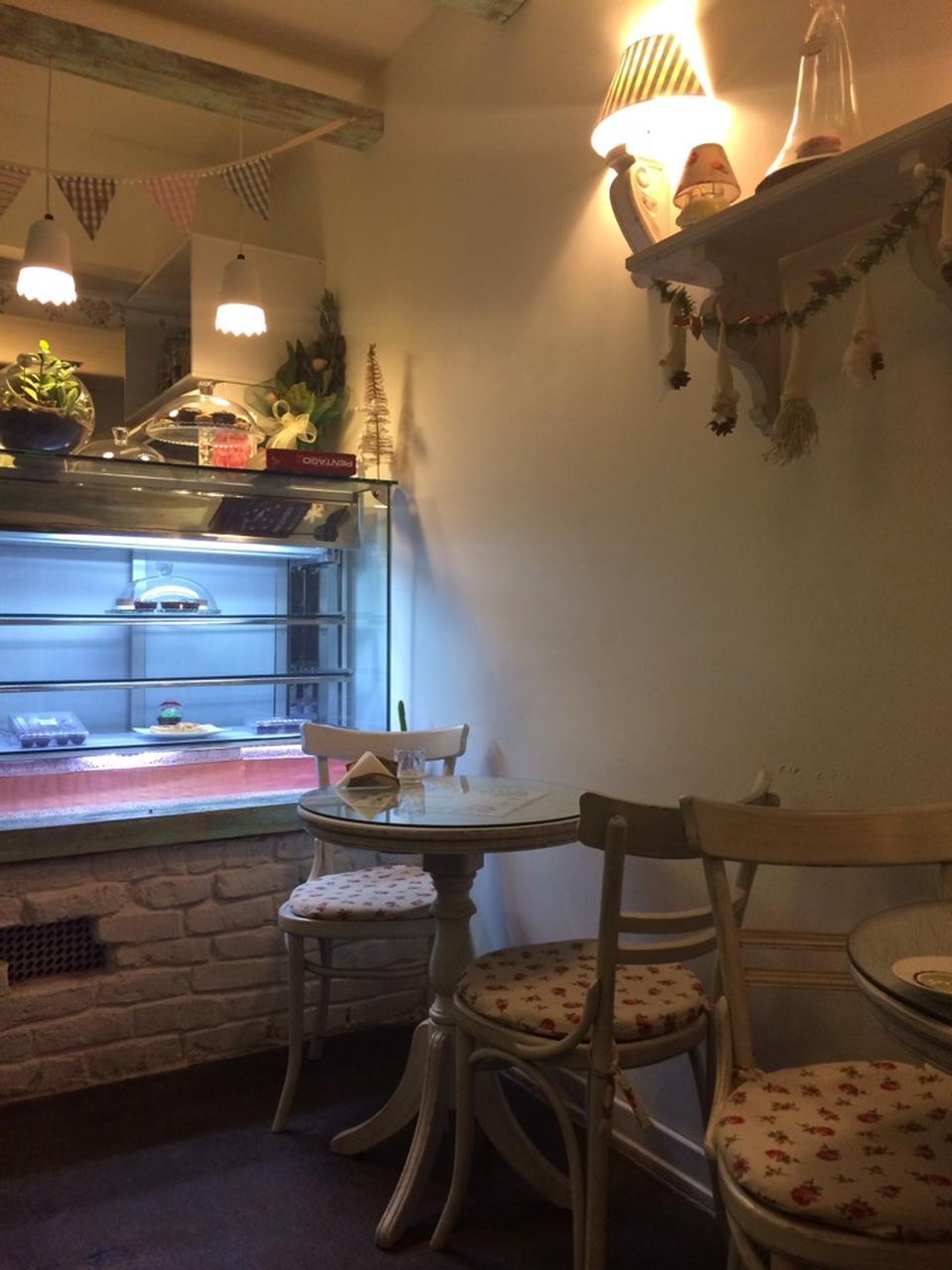 کافه گاستو cafe gusto 17
