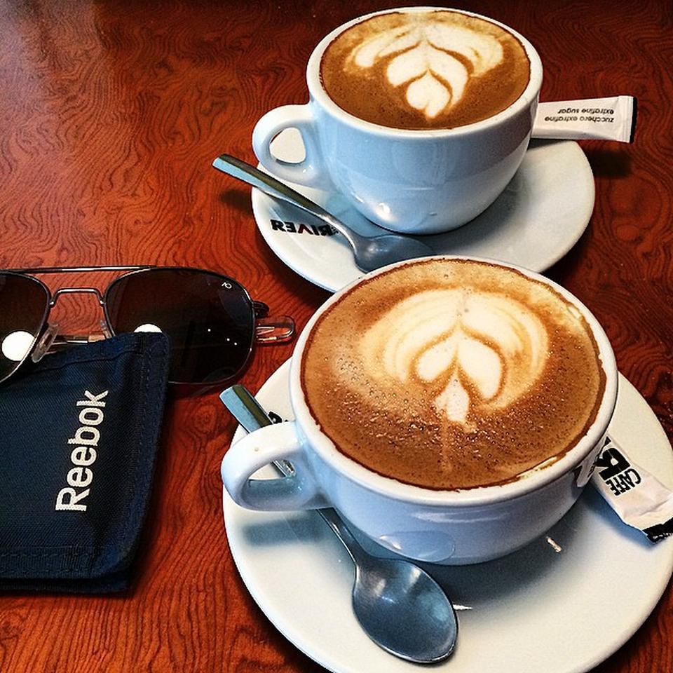 کافه لونا لانژ cafe luna lounge 10