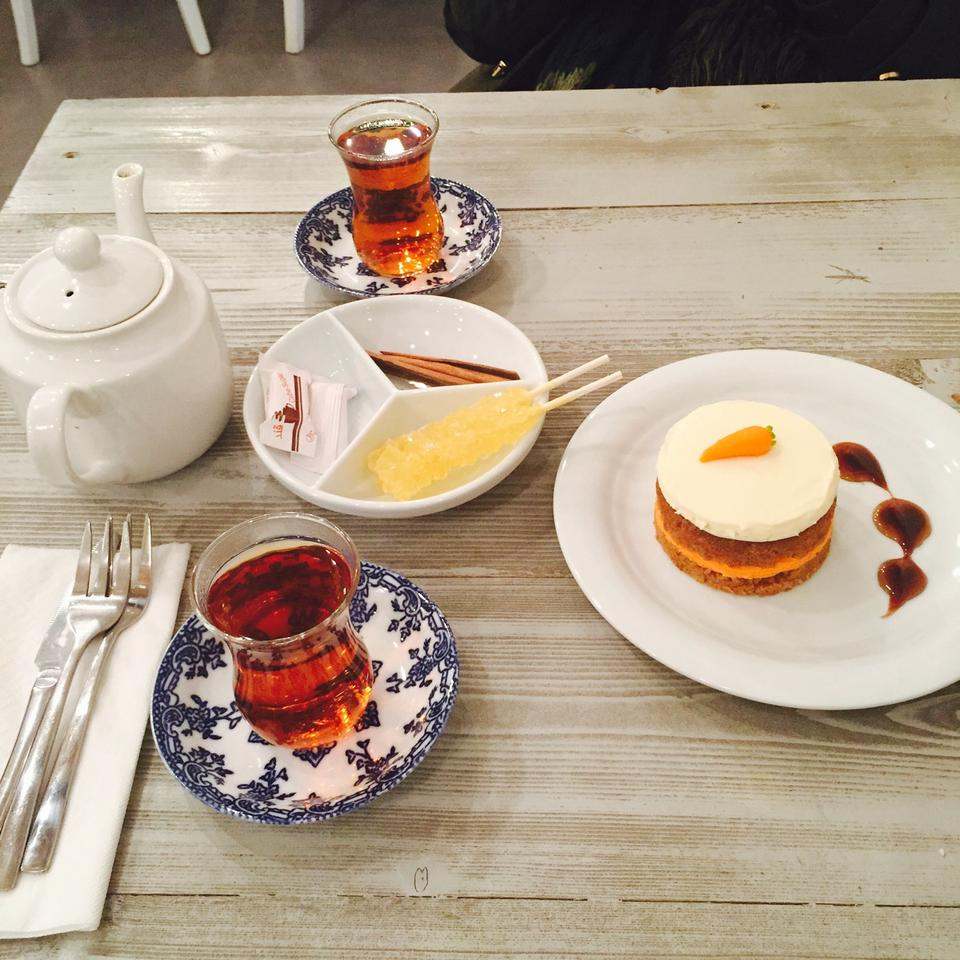 کافه نزدیک کتاب cafe nazdik book 12