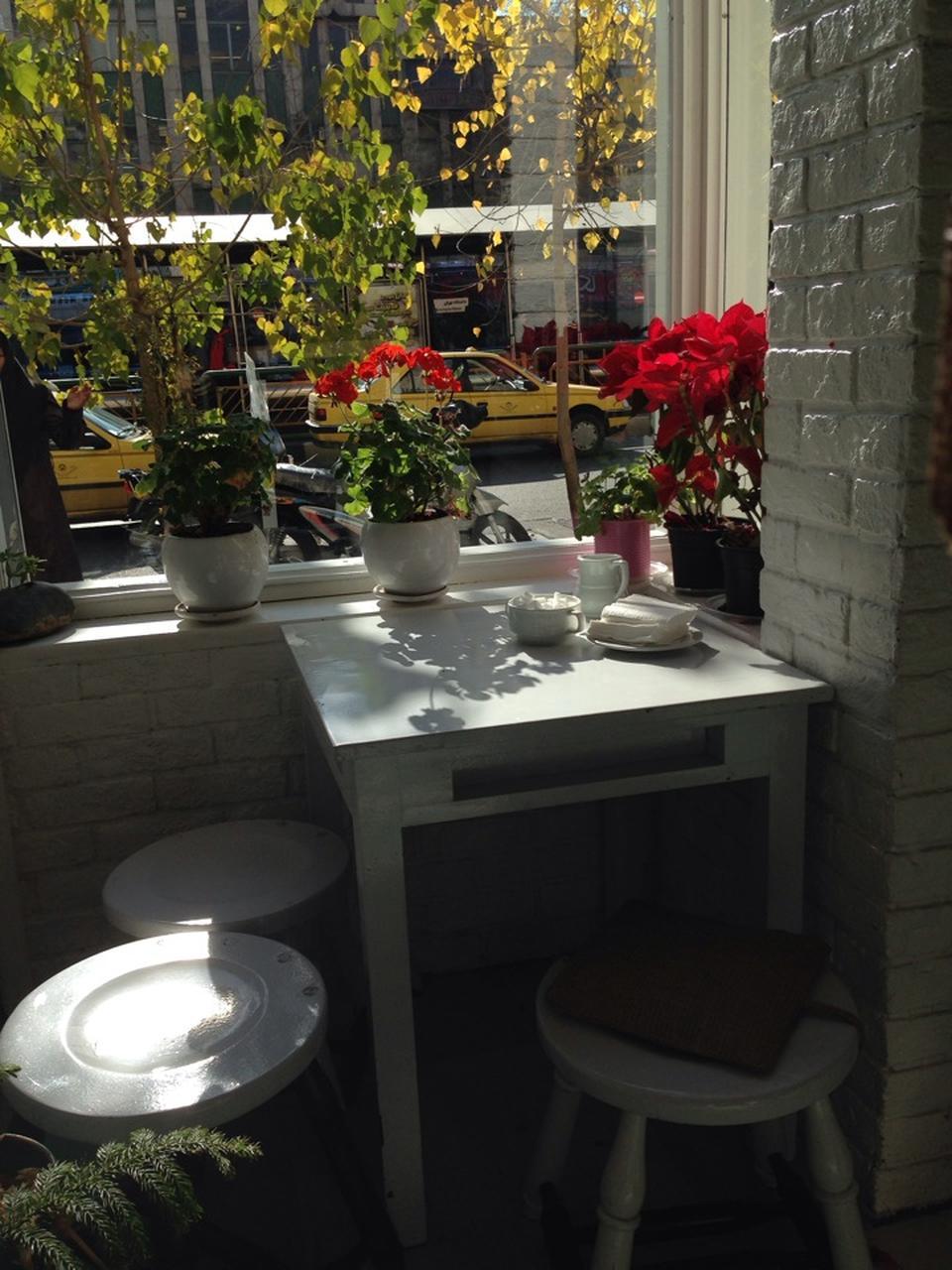 cafe studio vorta enghelab cafeyab 2