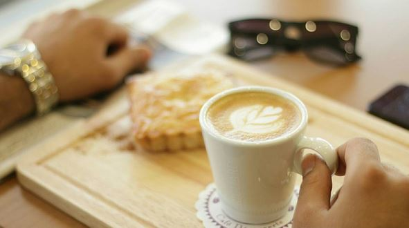 estatira cafe restaurant 19