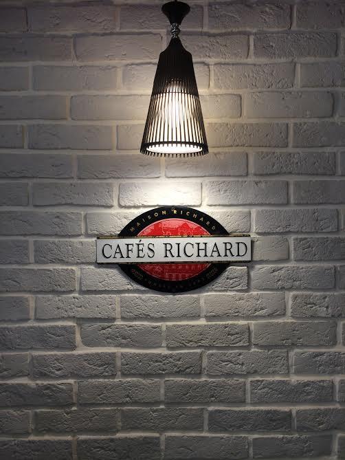 estatira cafe restaurant 2