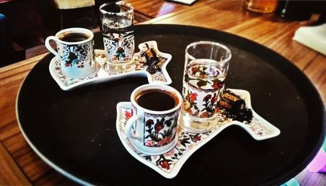 hoom cafe cafeyab 18