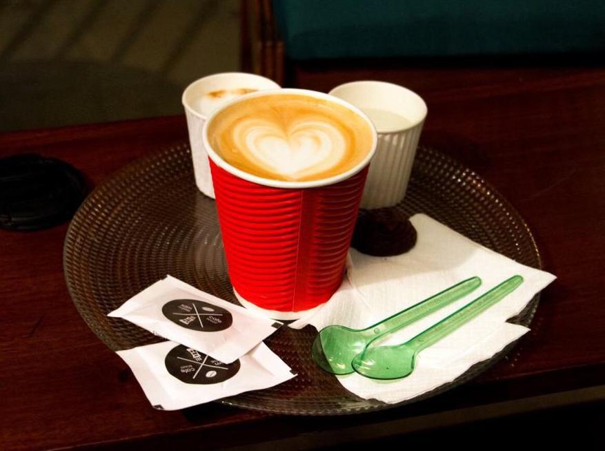 sam cafe vanak 44