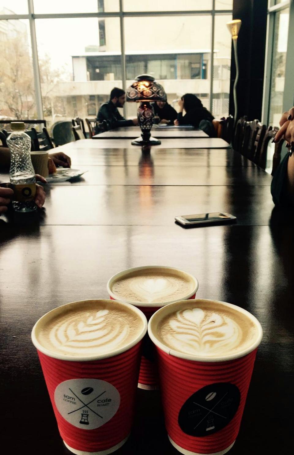 sam cafe vanak 48