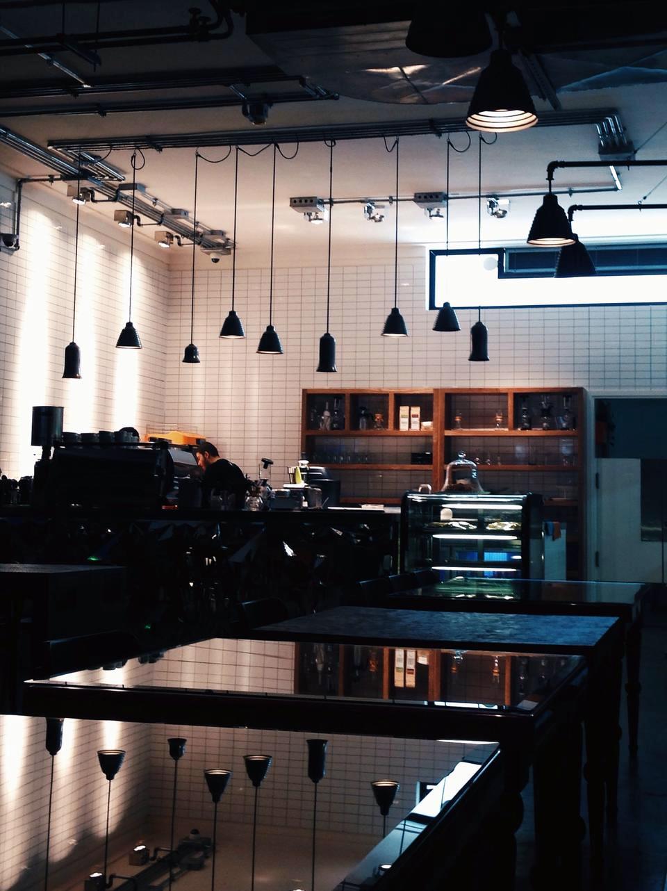 v cafe cafeyab 24