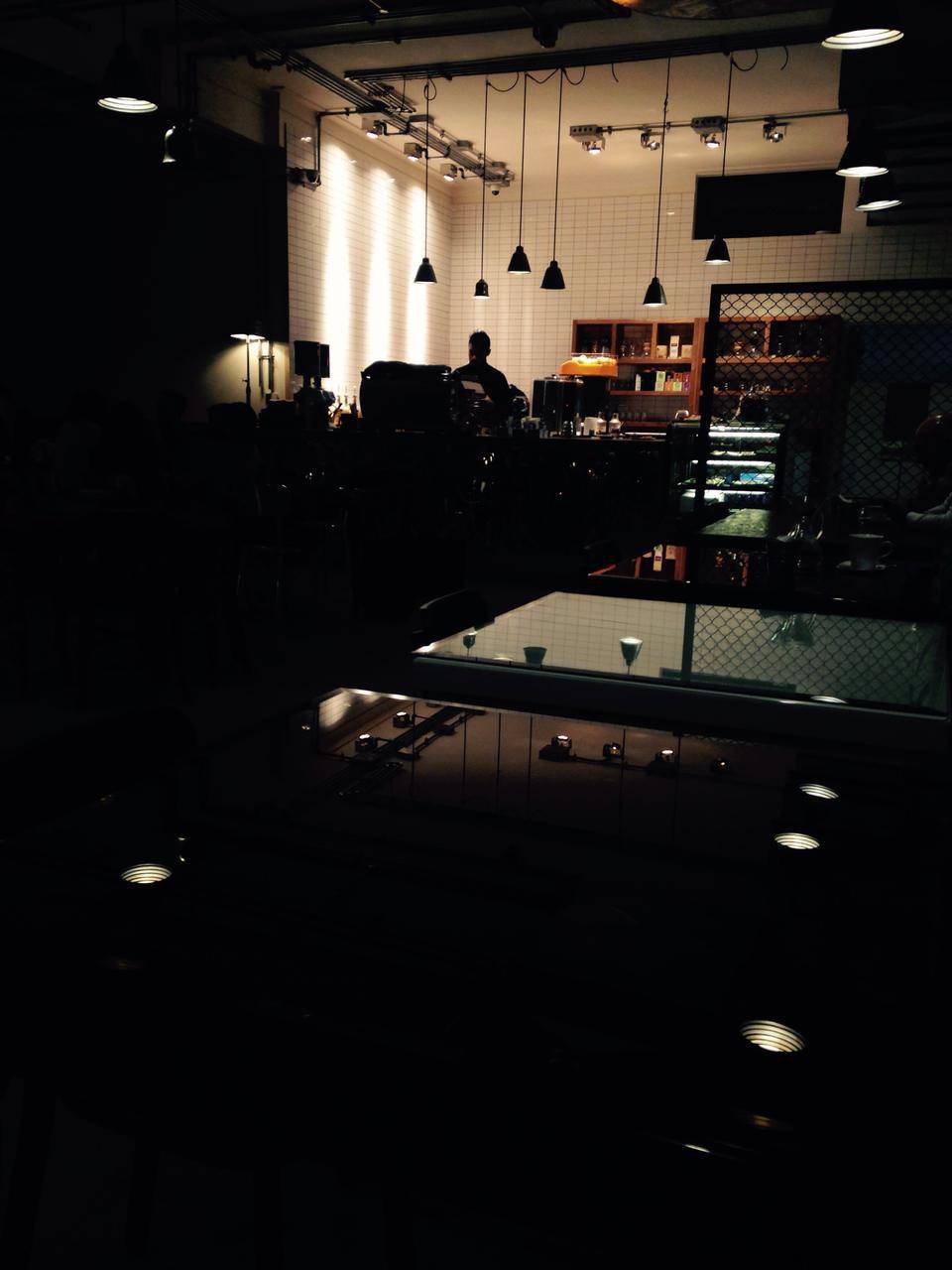 v cafe cafeyab 29