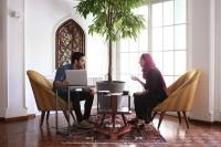 چگونه از قرارهای کافهای برای کسب و کار خودمان استفاده کنیم؟