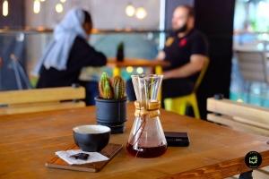 ۸ کافه محیط