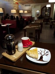 کافه زیر زمین10
