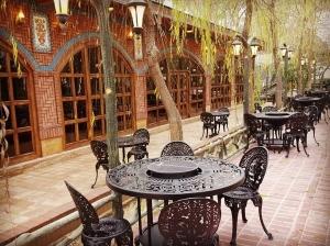 كافه رستوران باغ ايرانی (2)