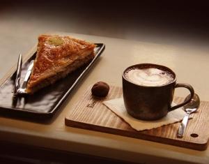 کافه کارخونه (2)