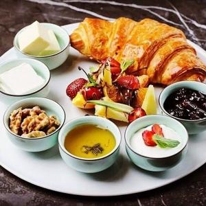 کافه رستوران آکوبا 2