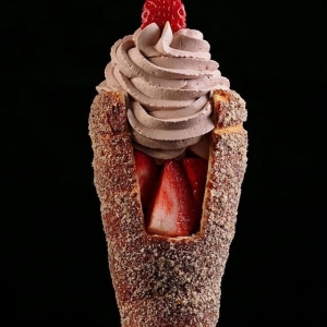 کافه بستنی چیمنی  3