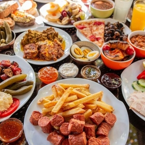 کافه باغ کاریز 4