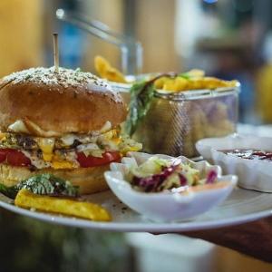 کافه رستوران دریا باز 4