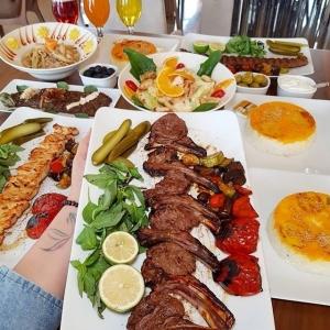 کافه و رستوران تهران بین 9
