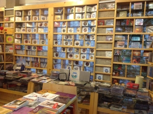 کافه کتاب آمه cafe book aame v2 3