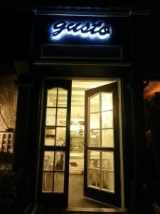 کافه گاستو cafe gusto 13