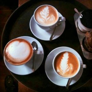 کافه این cafe inn 10