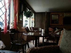 کافه اُخرا cafe okhra 14