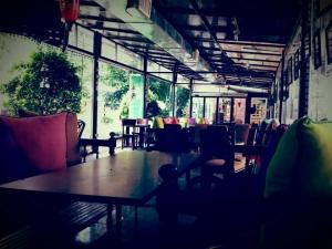 کافه شمرون cafe shemroon 12