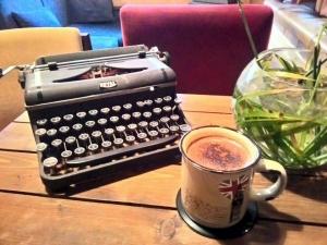 hoom cafe cafeyab 4