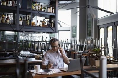 مدیریت جریان نقدینگی در کافه و رستوران