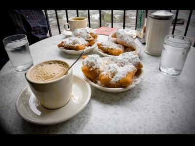 قهوه دوموند (Café du monde)