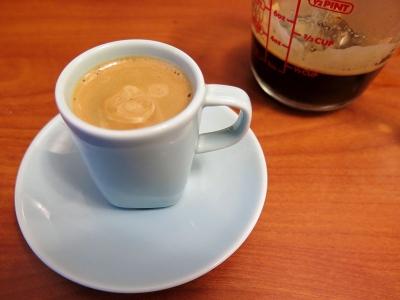 قهوه کُن لِچه (Con leche coffee)