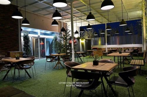 كافه رستوران ايتاليايي لوتينو (شیراز)