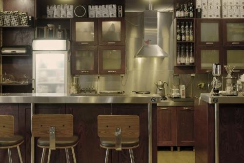 کافه نگاتیو (ونک پارک)