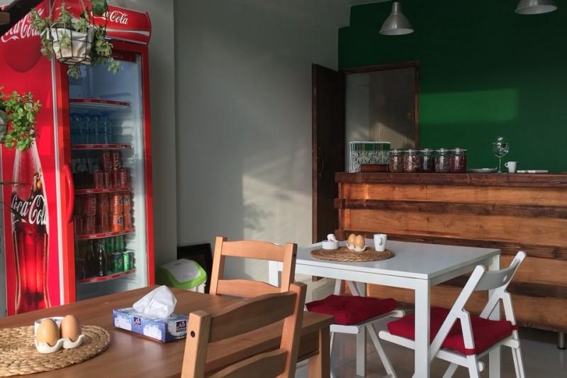 کافه ساعت 5