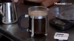 چگونه از فرنچ پرس برای دم کردن قهوه استفاده کنیم؟